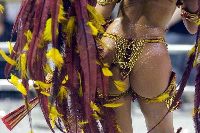 Бразилия секс карнавал видео мне